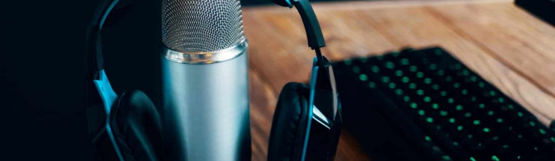 podcast-studio-microphone